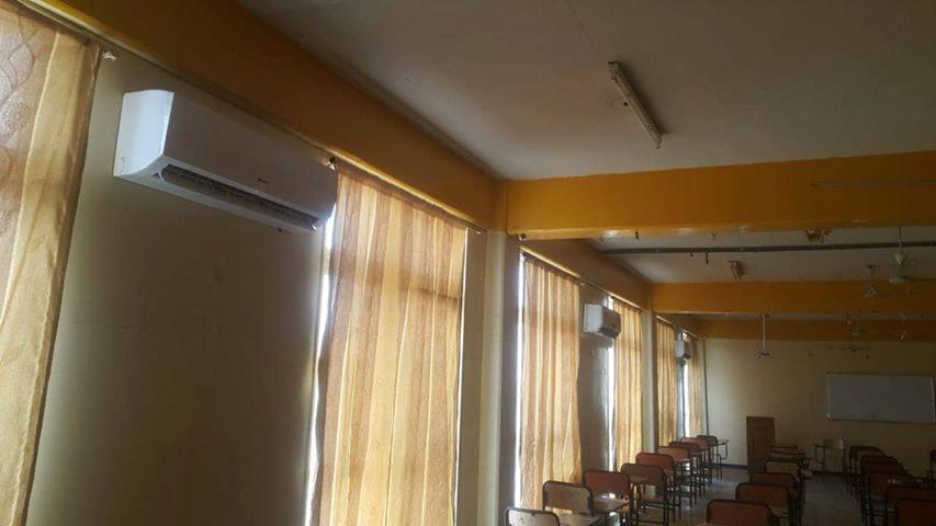 المعهد التقني / العمارة ينجز اعمال نصب وحدات تبريد منفصلة في القاعات الامتحانية