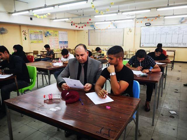 عميد المعهد التقني / العمارة يتفقد سير امتحانات الدور الثاني للعام الدراسي 2019/2018